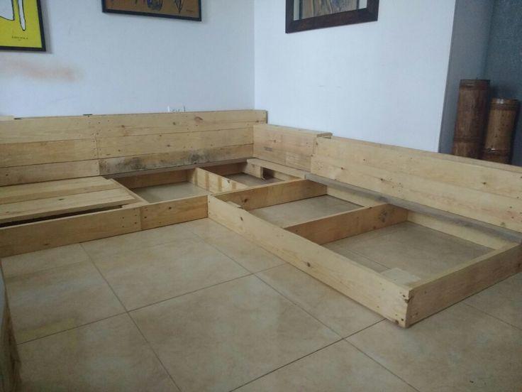 """Estructura mueble en """"L"""" comienzo proyecto con Palets estibas"""