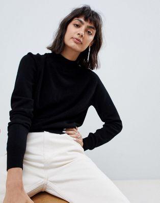 f884a3822 Compra Jersey con cuello vuelto en 100% cachemir de ASOS WHITE en ASOS. Descubre  la moda online.