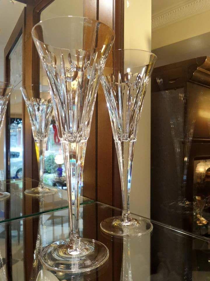 Copas de Cristal Waterford #antiguedades #panama #calle 56 #obarrio #antiques #copas #verre #cristal #crystal #handmade #madeiningland #trimmings #coup #1920VNantiques #panama #obarrio #regalos #ideasforhome #vintage #gifts