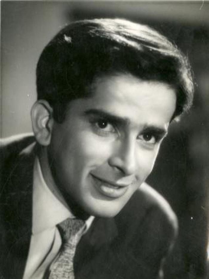 Once His Wife Passed On, A Part Of Shashi Kapoor Died With Her. He Was Never The Same Again https://www.scoopwhoop.com/shashi-kapoor-the-man-who-loved-too-much/?utm_campaign=crowdfire&utm_content=crowdfire&utm_medium=social&utm_source=pinterest