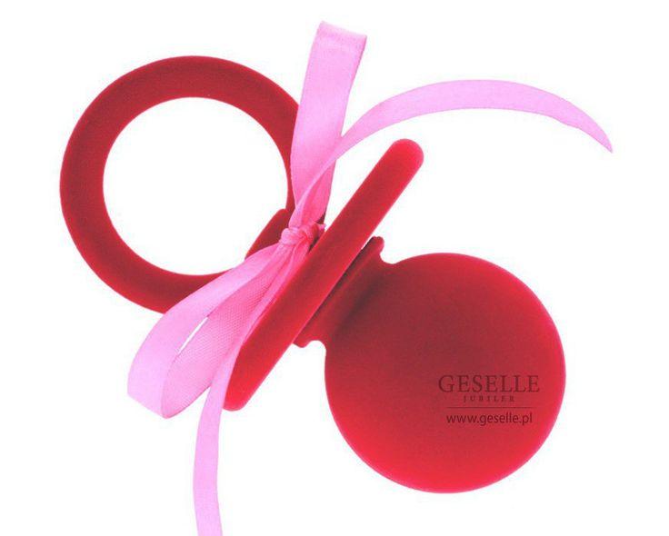 Oryginalne pudełeczko na biżuterię - czerwony smoczek z różową wstążką, idealne na Chrzest Święty | NA PREZENT \ Opakowania na biżuterię od GESELLE Jubiler