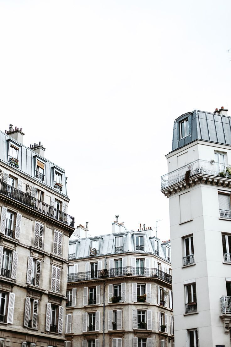 gorgeous Parisian buildings