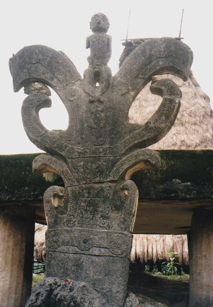 tomb ,Sumba village -photo Jean Stewart
