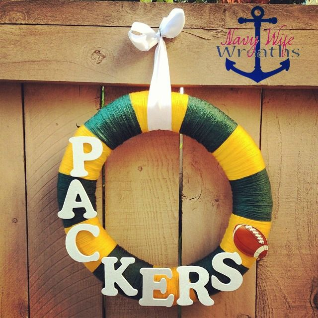 For the Football Fan: Green Bay Packers Wreath #WisconsinMade