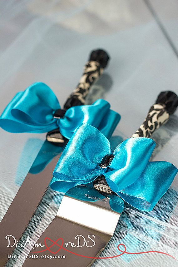 Turquoise cake server and knife cake accessories от DiAmoreDS #wedding glasses…