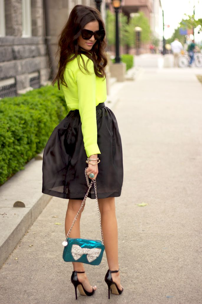 gorgeous neon color outfits 13