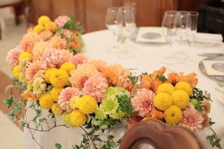 春の装花 オレンジ リストランテASO様へ : 一会 ウエディングの花