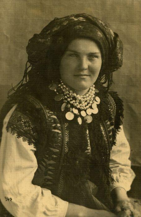 Hutsul woman, W Ukraine, from Iryna