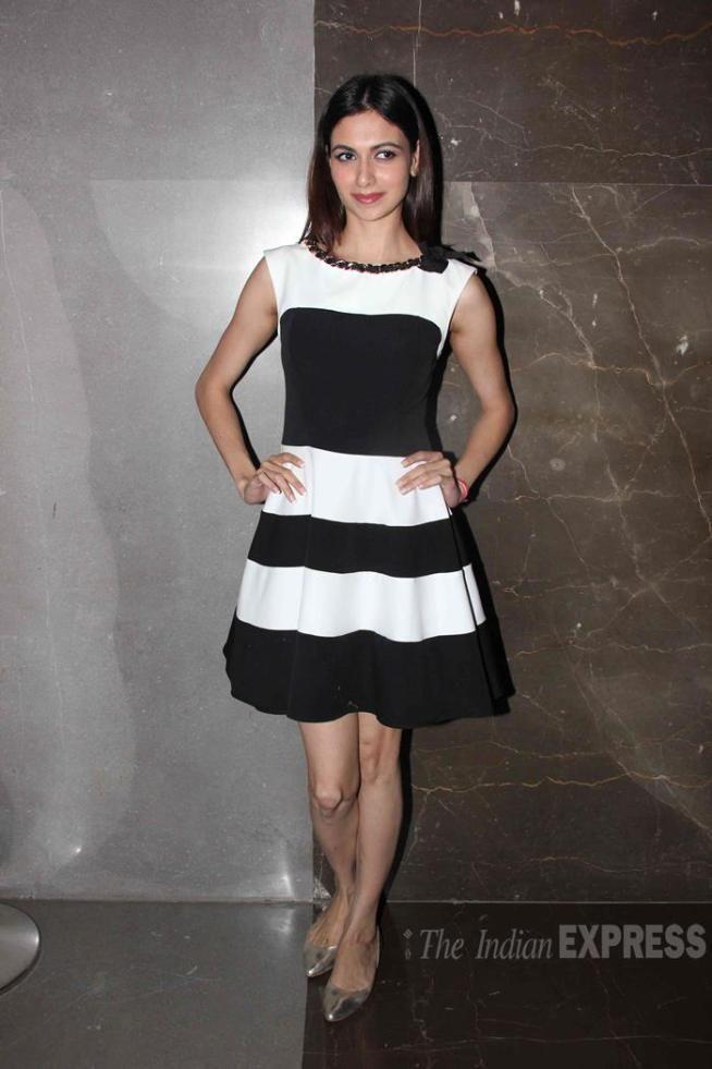 Simran Kaur Mundi at a screening of 'Kis Kisko Pyaar Karoon'. #Bollywood #Fashion #Style #Beauty #Hot #Punjabi
