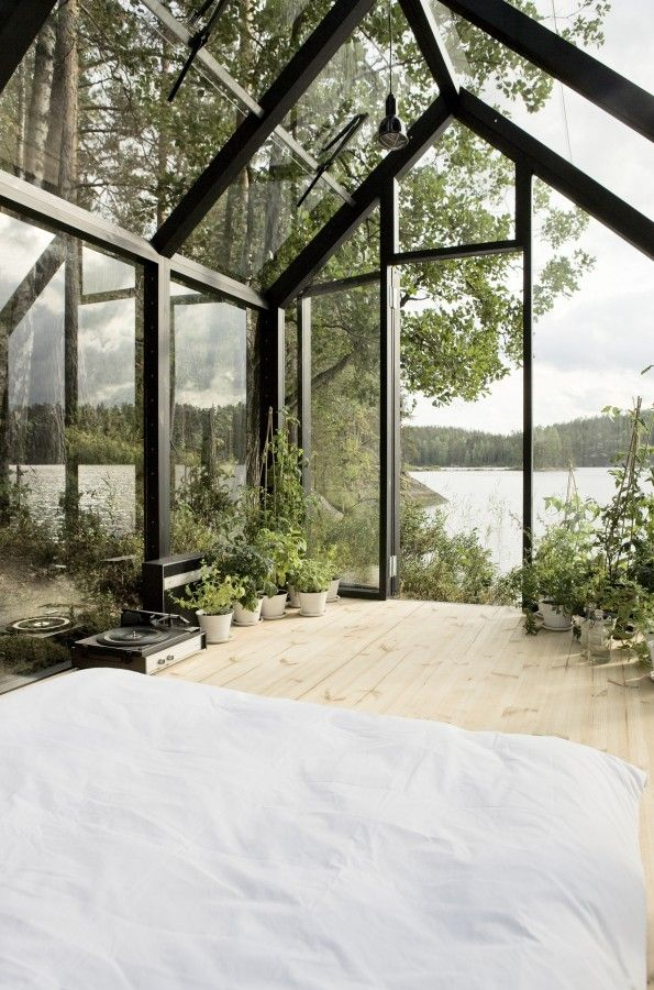 every home should have an indoor greenhouse / bedroom