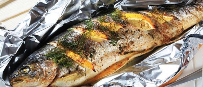 Форель по-израильски (именно в Израиле я научилась этому замечательному рецепту) получается сочной и аппетитной. Она неизменный фаворит на нашем столе!