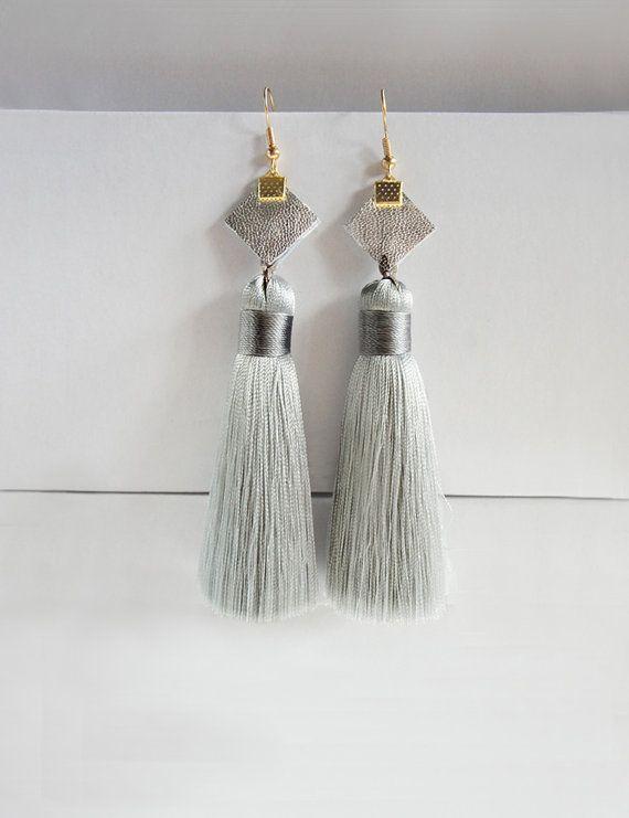 #minimalist boho #tassel earring by AmKooi on Etsy