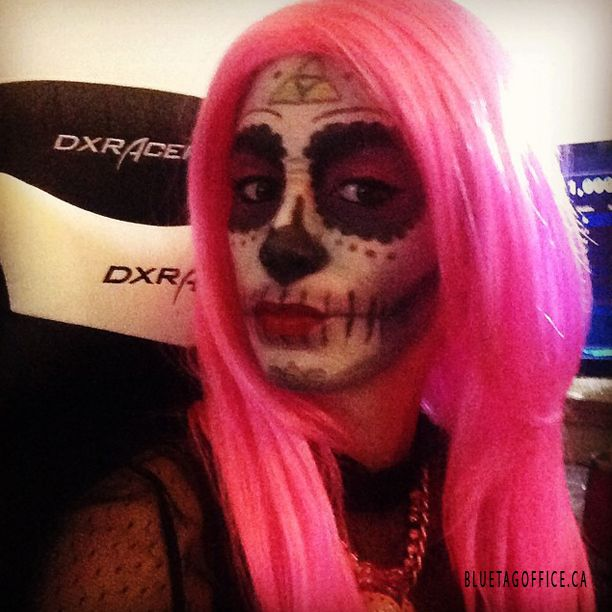 Sugar skull cosplay!!! Sunday funday!! #sugarskull #twitch #nolliewog #twitchtv #dxracer #cosplay #triforce #horrormovie #likeback #instagood #cinemark #likeforlike #halloween #terror #scary #followme #beautiful #walking #daughter Source: instagram.com/nolliewog  Blue Tag Office Ltd. ph: 1 888 264 2824 http://www.bluetagoffice.ca Quality office furniture for very cheap! Lowest price guaranteed or we will bet the difference by 10%