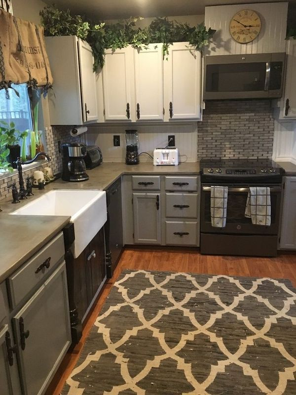 Kitchen Remodel: How To Stain Concrete Countertops With Coffee