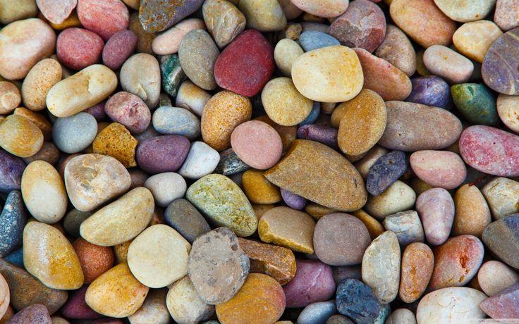 Kiezel mozaiek in de tuin