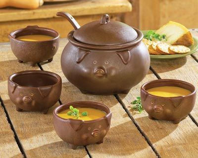 Piggy Soup Tureen and Bowls