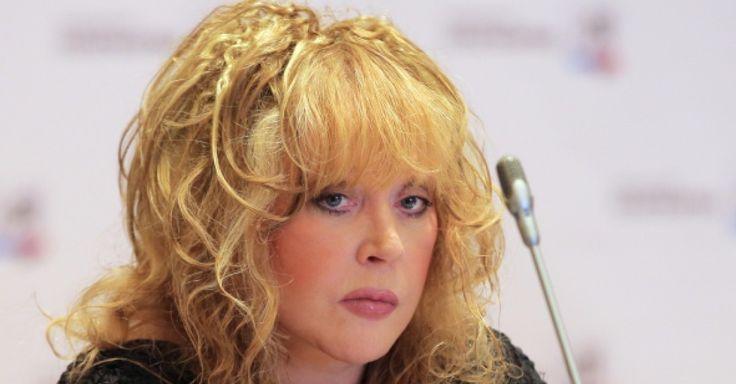 https://formulalubvi.com/populyarnoe/alla-pugacheva-popala-v-uzhasnyiy-skandal-svyazannyiy-s-sotssetyami-na-etot-raz-delo-ne-prosto-v-duratskom-snimke-golyishom/  Позор... Или тут нет ее вины?