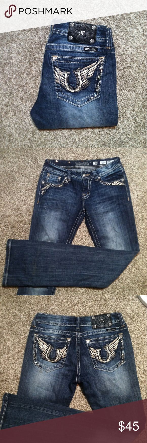 \ \ MISS ME BOOTCUT JEANS >Miss Me bootcut jeans >>size 28 >gently worn but in excellent condition; no flaws   Same/next day shipping! Pet/smoke free home! Offers welcome! Bundle & save!!  Thanks for looking, xo💋 Miss Me Jeans Boot Cut