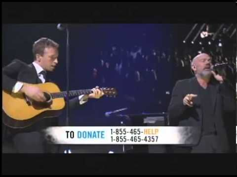 Chris Martin & Michael Stipe- Losing My Religion live at the 12 12 12 Concert