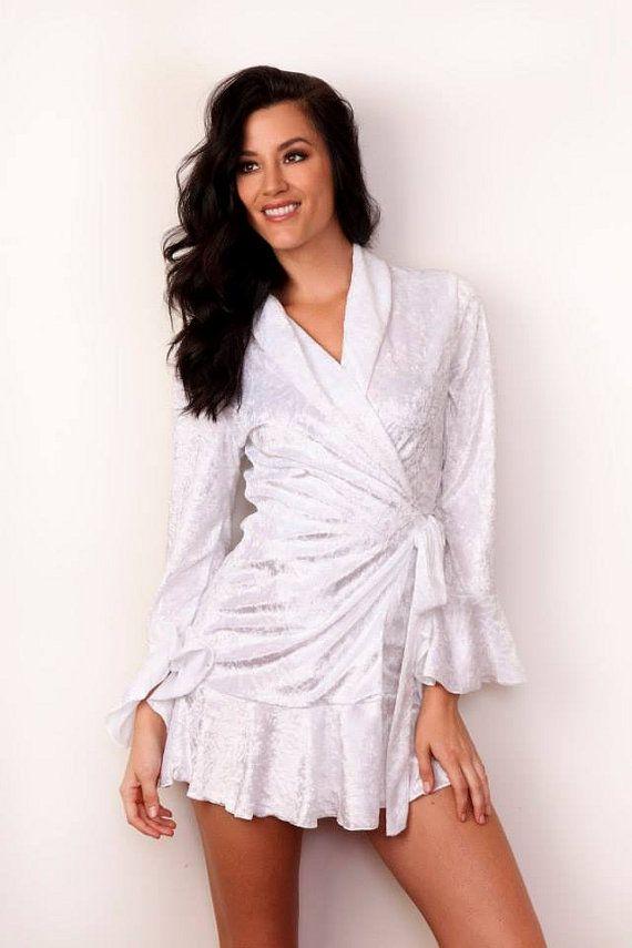 Bridesmaid Robe Bridal Satin Robe by YoungLadyBridalWear on Etsy