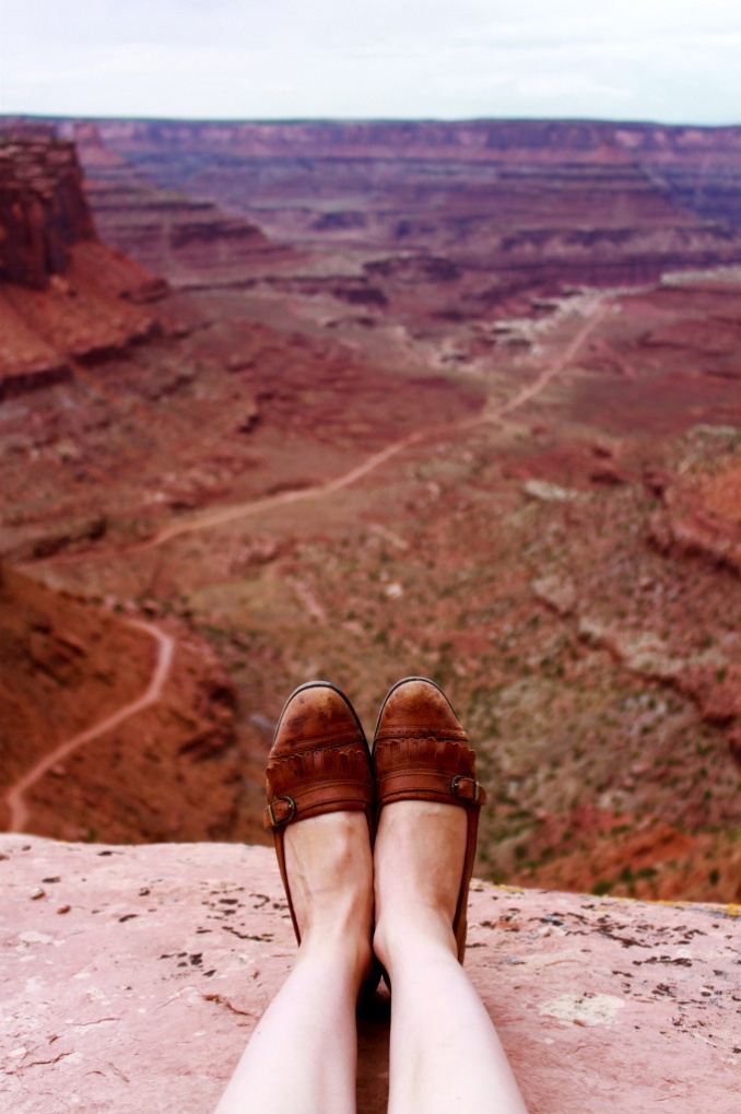 : Buckets Lists, Monuments Valley, Desert, Cute Shoes, The View, Feet, Places, Roads Trips, Grand Canyon