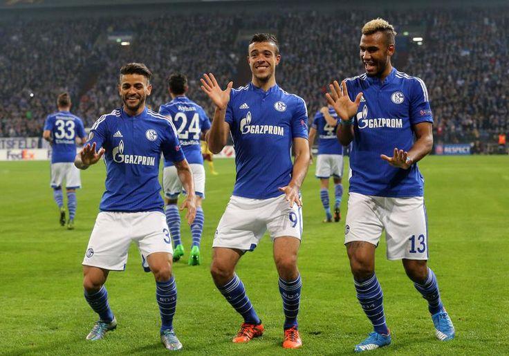 Bilder der Partie Schalke gegen Prag.