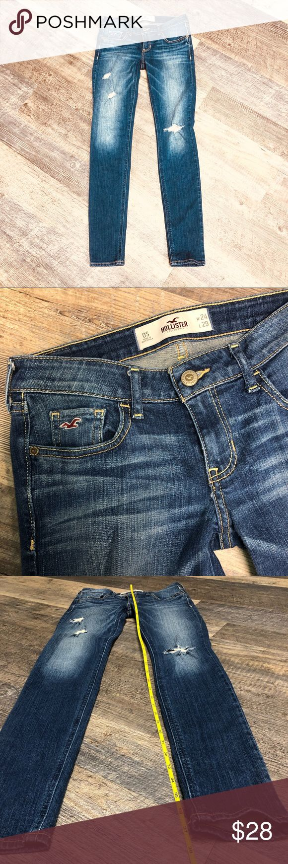 Hollister Skinny Blue Jeans Hollister dark blue skinny jeans SIZE 0  Width 24 Length 29 Worn a couple a times but still in great condition 😉 ***see...