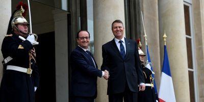 Corespondenţă de la Paris: Francezii l-au tratat pe Iohannis cu gafe de protocol