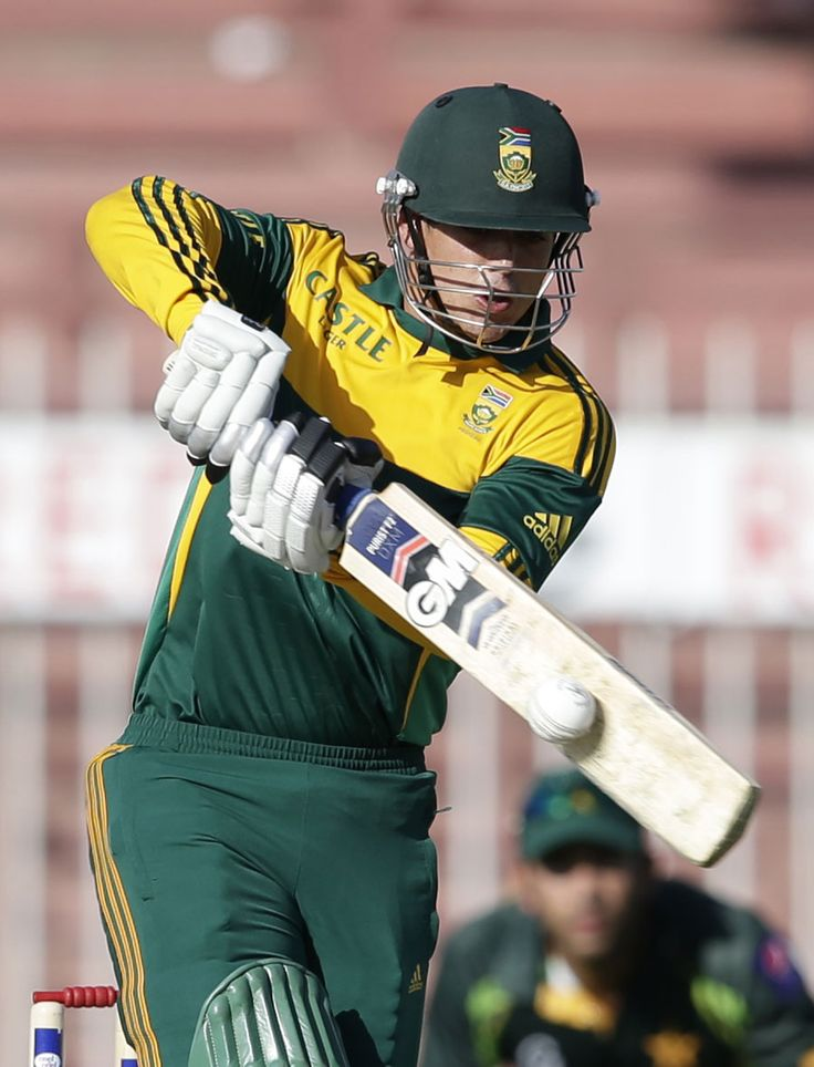 Quinton de Kock struck five fours, Pakistan v South Africa, 5th ODI, Sharjah, November 11, 2013 ©Associated Press