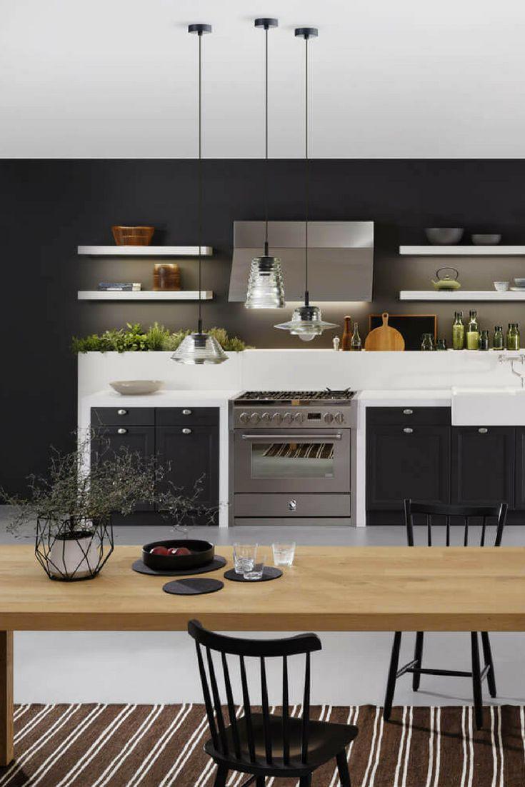 Offene küche wohnküche skandinavisch insel schwarz weiß design schlicht
