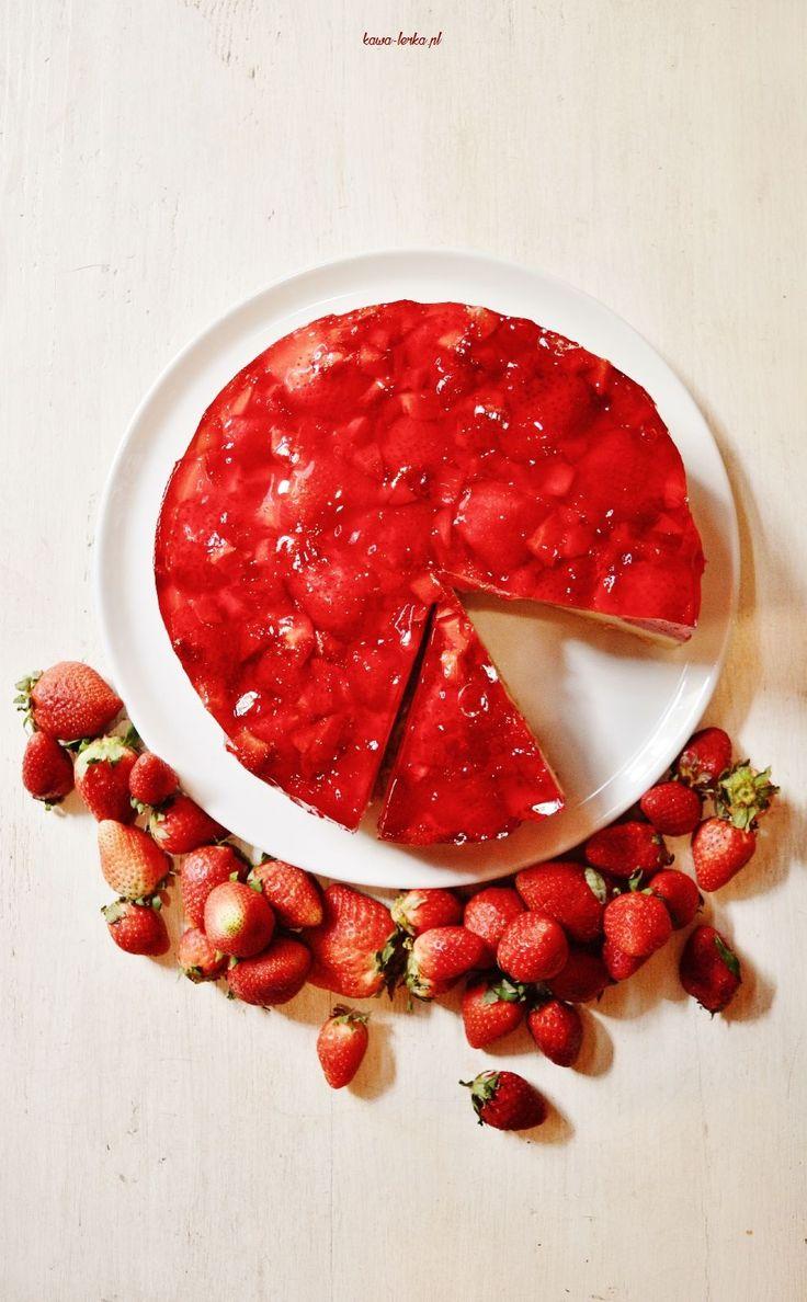 strawberry - semolina cake. ciasto grysikowe z truskawkami.