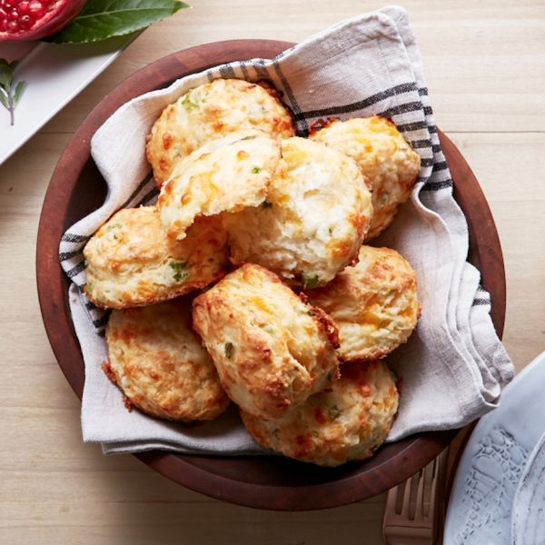 What's the secret to these flaky buttermilk biscuits loaded with cheddar and onion? Hint, it's all in how you mix in the butter. Try them for dinner today.