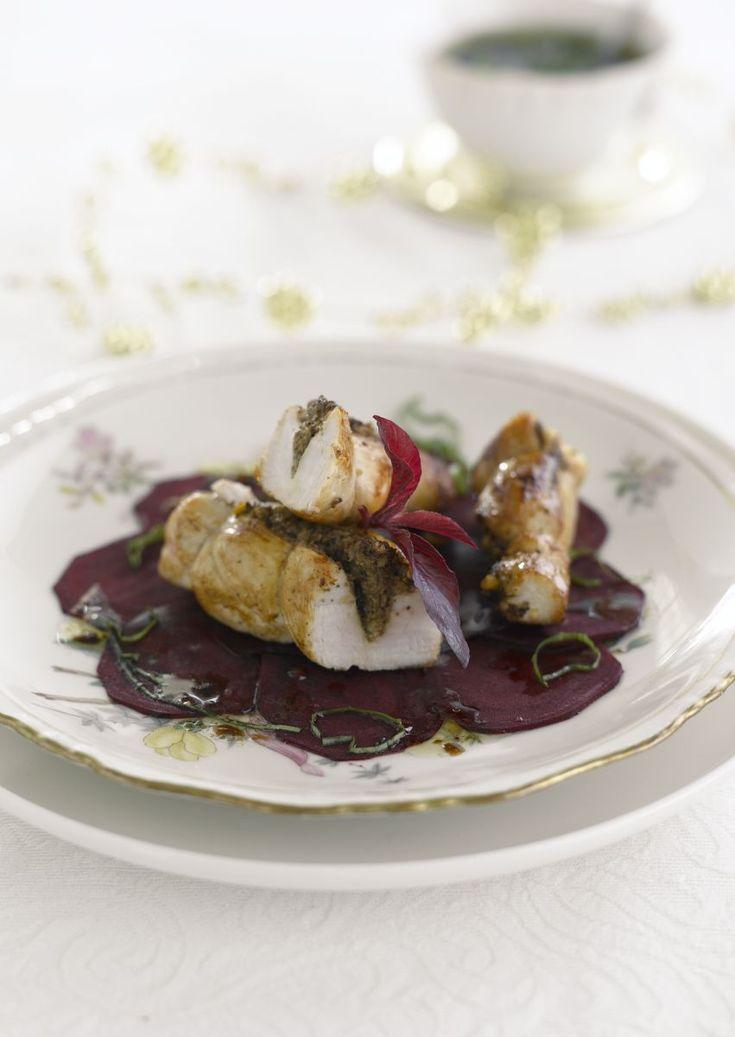 """Het lekkerste recept voor """"Gevulde konijnenrug met morieltjes"""" vind je bij njam! Ontdek nu meer dan duizenden smakelijke njam!-recepten voor alledaags kookplezier!"""