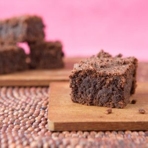 I Quit Sugar - Sweet Potato Brownies. Made in slow cooker or bake 20 minutes at 180 degrees (celsius)
