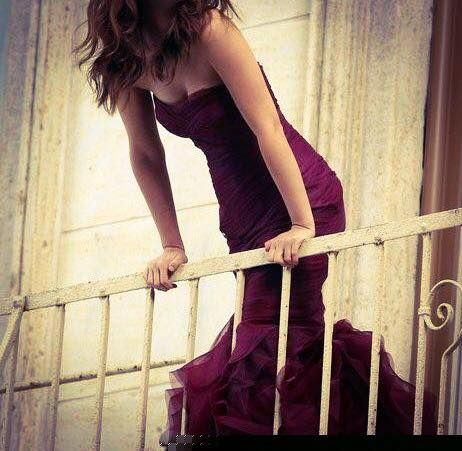 Be in trend with marsala
