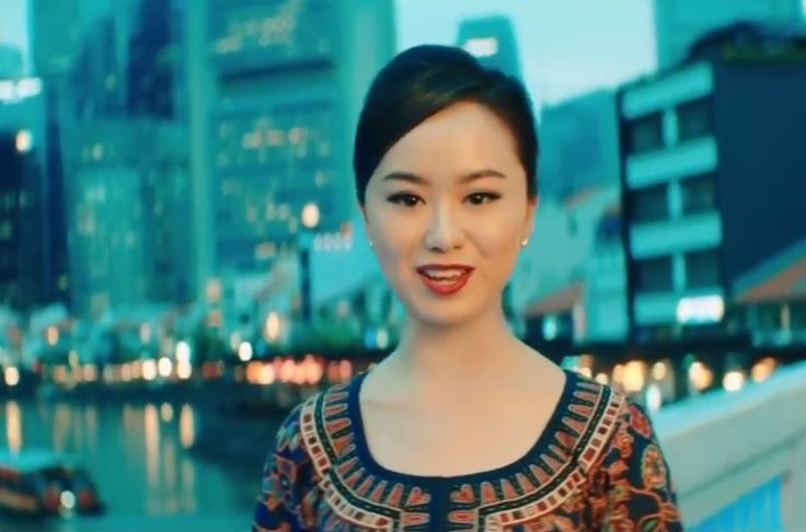 Singapore Airlines Features Local Landmarks in Safety Video.