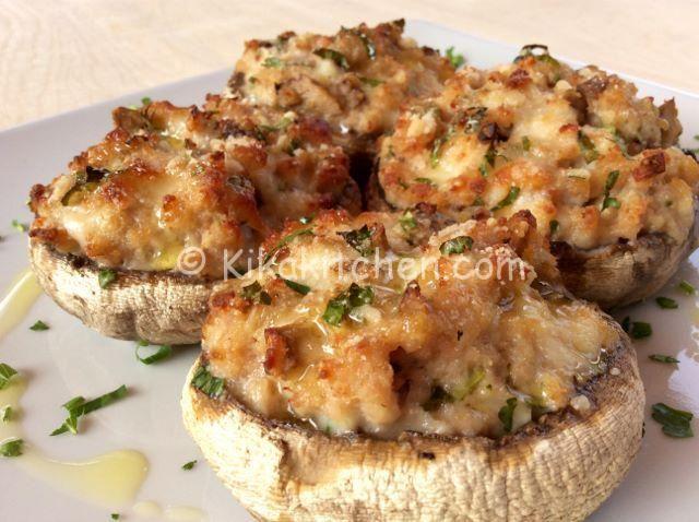 Funghi+ripieni+di+carne++++Ingredienti+funghi+ripieni+di+carne+++++6+funghi+champignon+grandi+++250+g+di+carne+macinata+(bovino,+suino+o+pollo)+++150+g+di+prosciutto+cotto+++100+g+di+formaggio+a+pasta+filata+++50+g