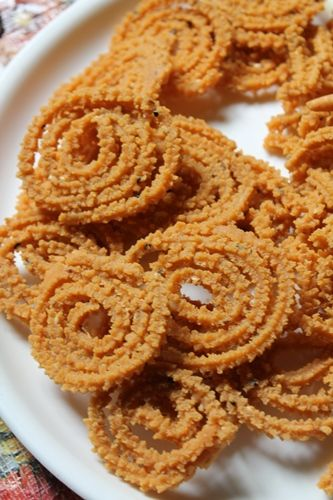 YUMMY TUMMY: Oats Murukku Recipe / Pottukadalai Murukku Recipe