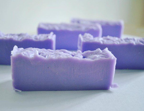 Лавандовое мыло с эфирным маслом.   #мыло #лаванда #ручнаяработа #киев #Украина #эфирноемасло #jojobaoil #jojoba #lavanda #soap #handmade #kiev #ukraine