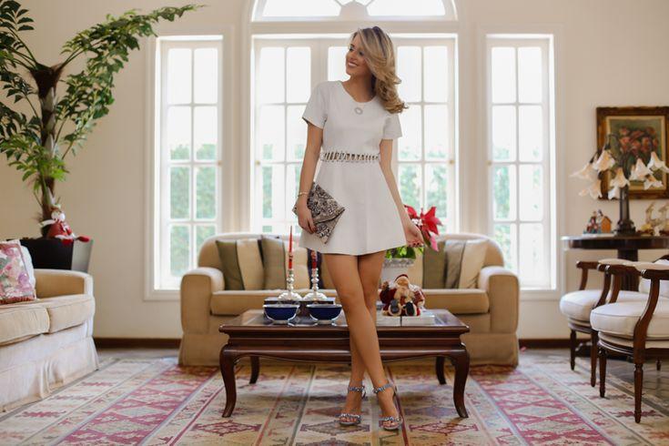 Marina Casemiro » Look para reveillon: vestido de couro off com recorte + conjunto cravejado ear cuff com colar!