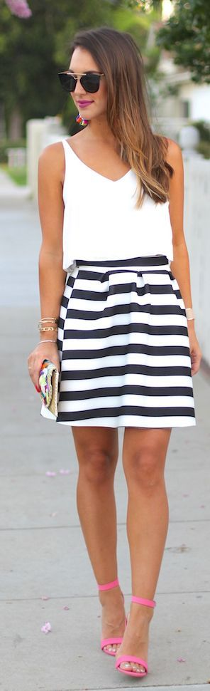 Carrie Bradshaw How To Rock A Striped Skirt