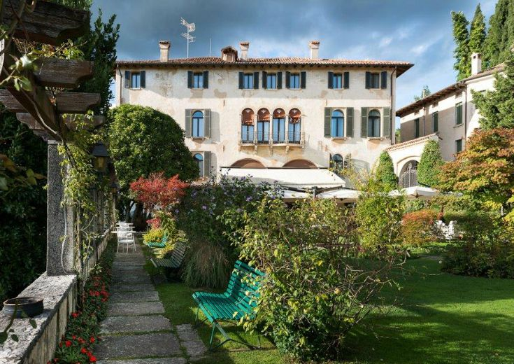 Hotel Villa Cipriani, a 4-star-hotel in the historical center of Asolo. The first reliable information about the property dates back to 1889, when the English poet Robert Browning purchased it by Mr. Gaetano Rossi.