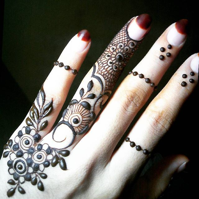 Some leaves  From my Henna book!  Originality is the Art of concealing your work!  #mehndi_by_hayat