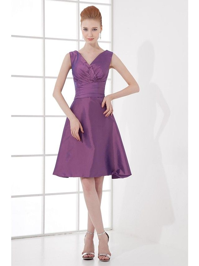 Knee-length Taffeta Bridesmaid Dress - A-line V-neck with Bow(s) / Side Draping - GBP £43.99 ! HOT Product! A hot product at an incredible low price is now on sale! Come check it out along with other items like this. Get great discounts, earn Rewards and much more each time you shop with us!