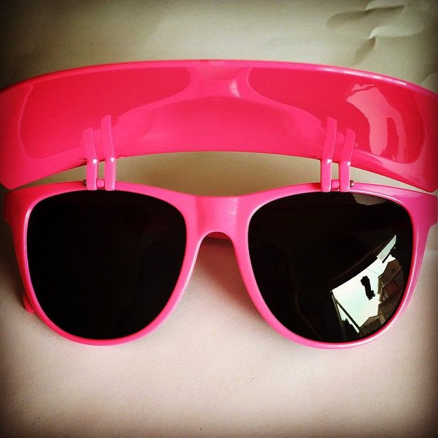 Cool and unique wayfarer style visor sunglasses. Black light UV reactive. Great for concerts, parties, the beach, etc. $1 for each pair sold goes to brain cancer research.