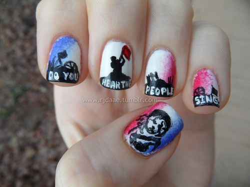 guiltless reading: Les Misérables ... now on your Nails!