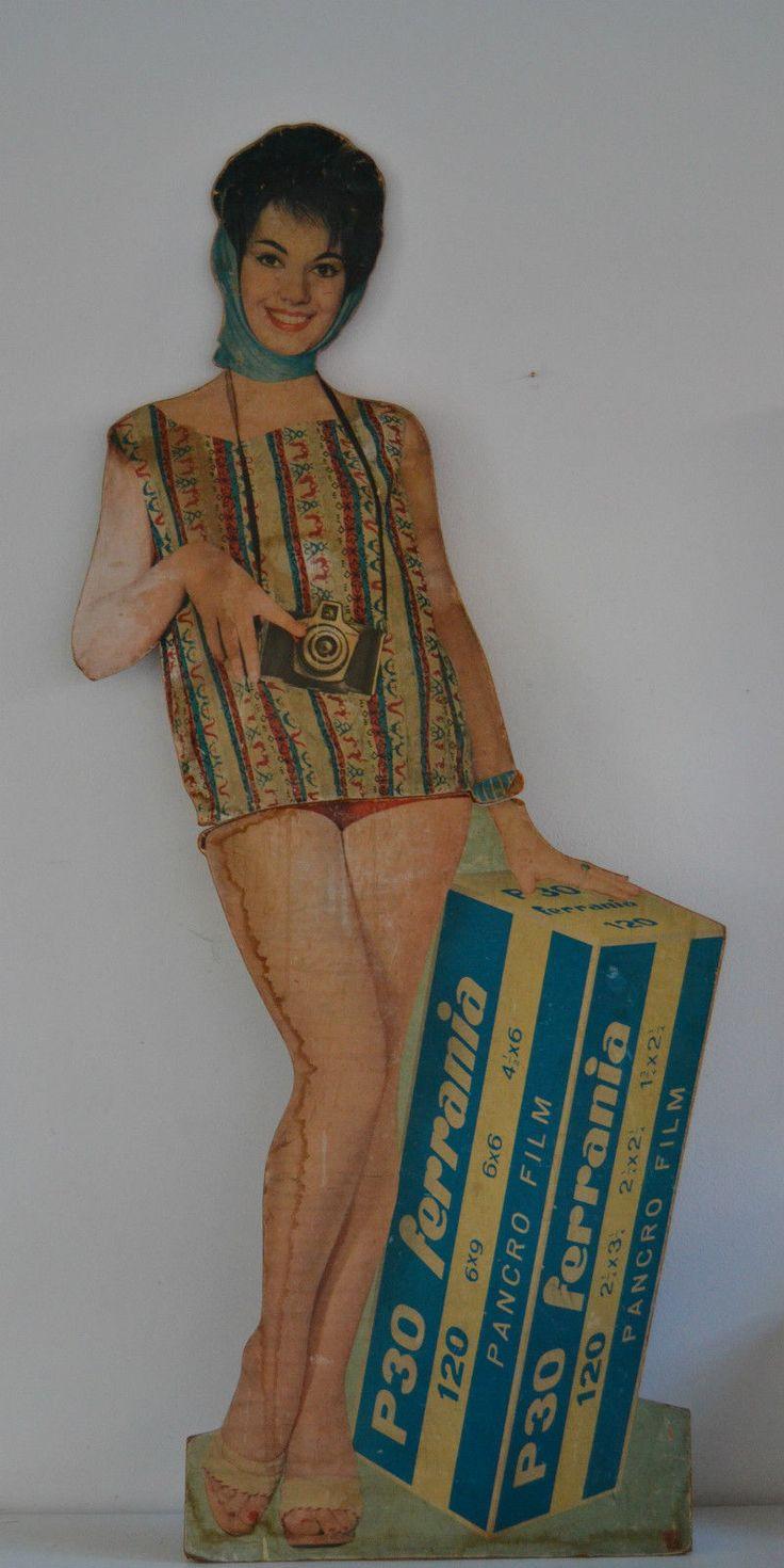 Cartonato Ferrania, altezza 170 cm Richiesta: 120,00€