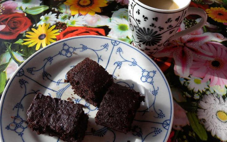 Chocoladecake zonder gluten, suiker of melk | Deze Chocoladecake (glutenvrij, suikervrij en lactosevrij) is eigenlijk heel per ongeluk ontstaan, maar werkt.