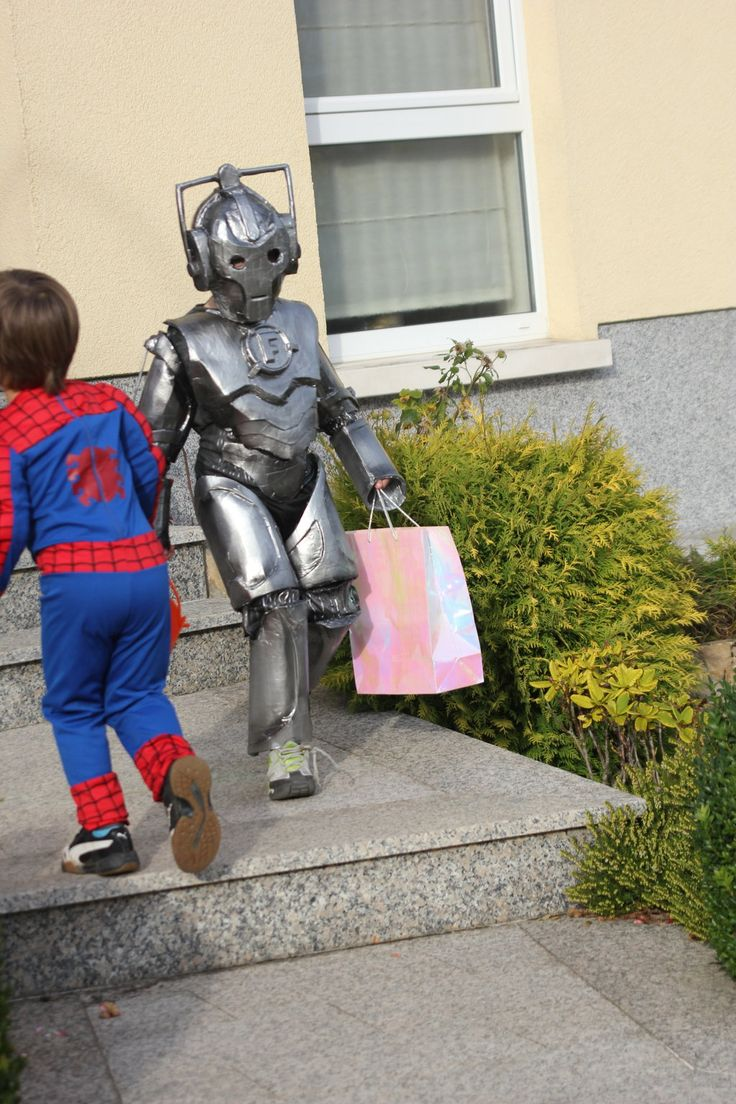 Doctor Who cyberman halloween costume made from cardboard, foam and duct tape...