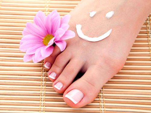 How to Soothe Dry Feet - A Homemade Remedy